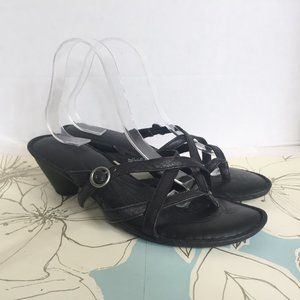 Born Comfort Black Heeled Thong Sandal - Size 11 M